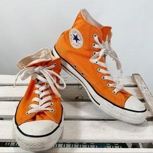 Converse All Stars Chuck Taylor High Tops Size 8